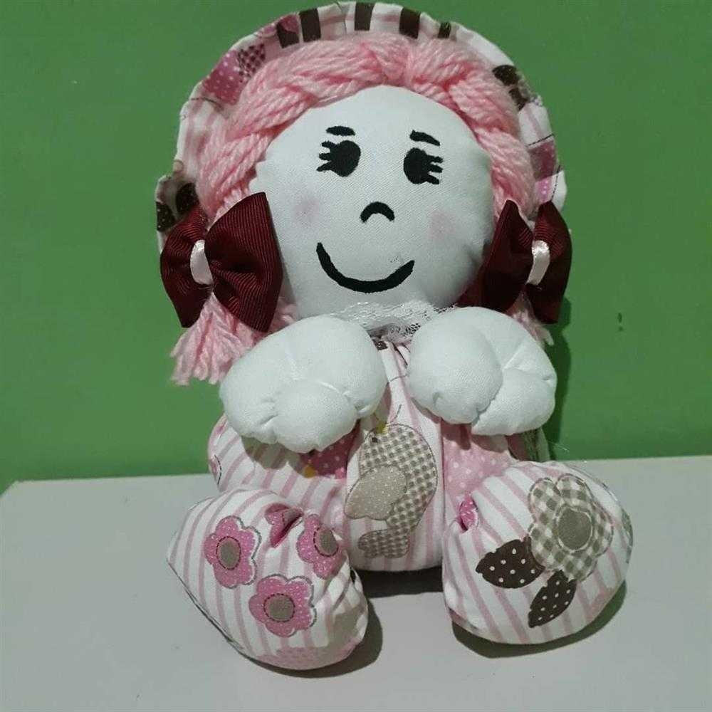 boneca de fuxico media