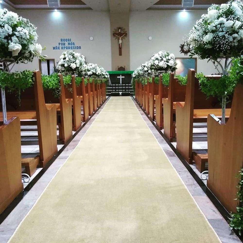 decoração com flores altas para casamento