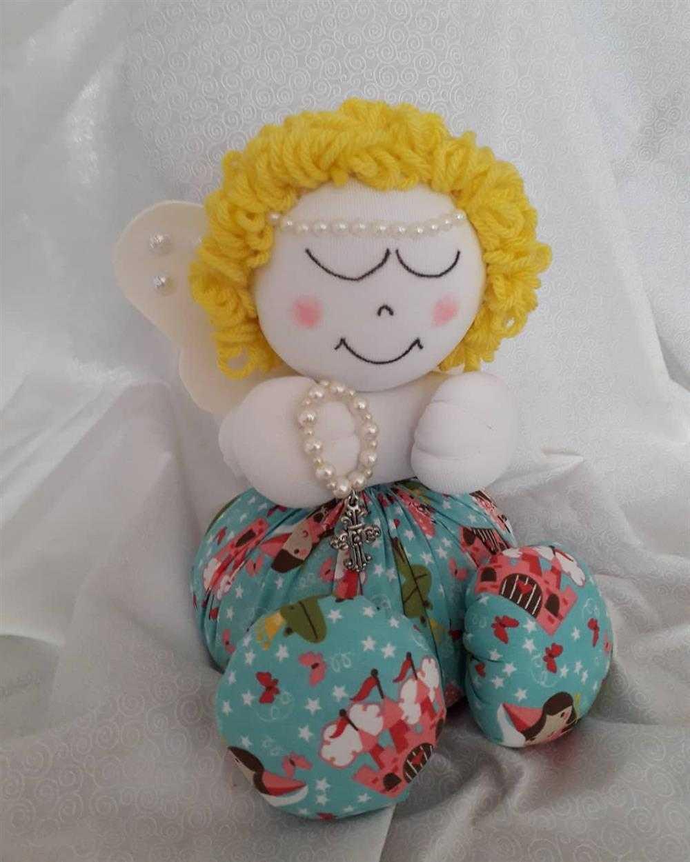 boneca de fuxico de anjinho