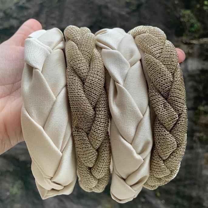 tiara trançada simples