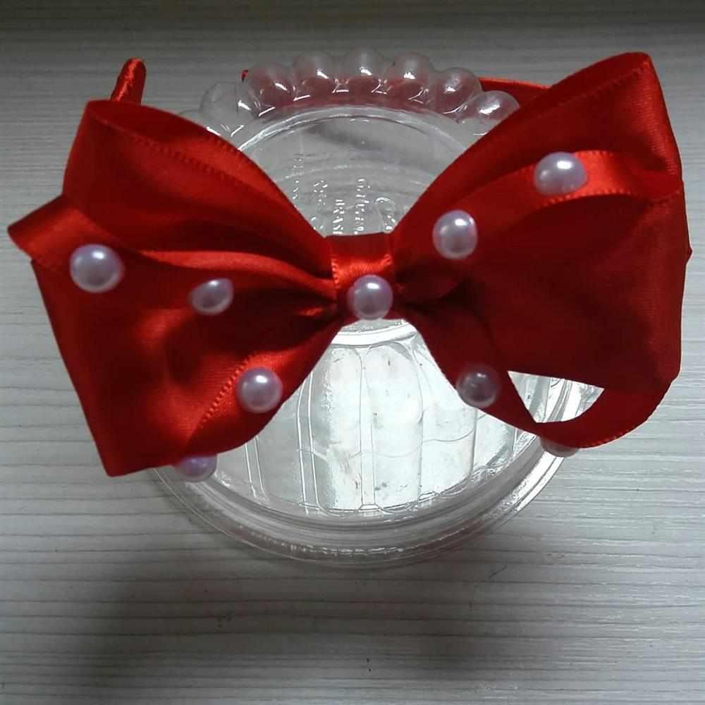 tiara de perolas vermelha