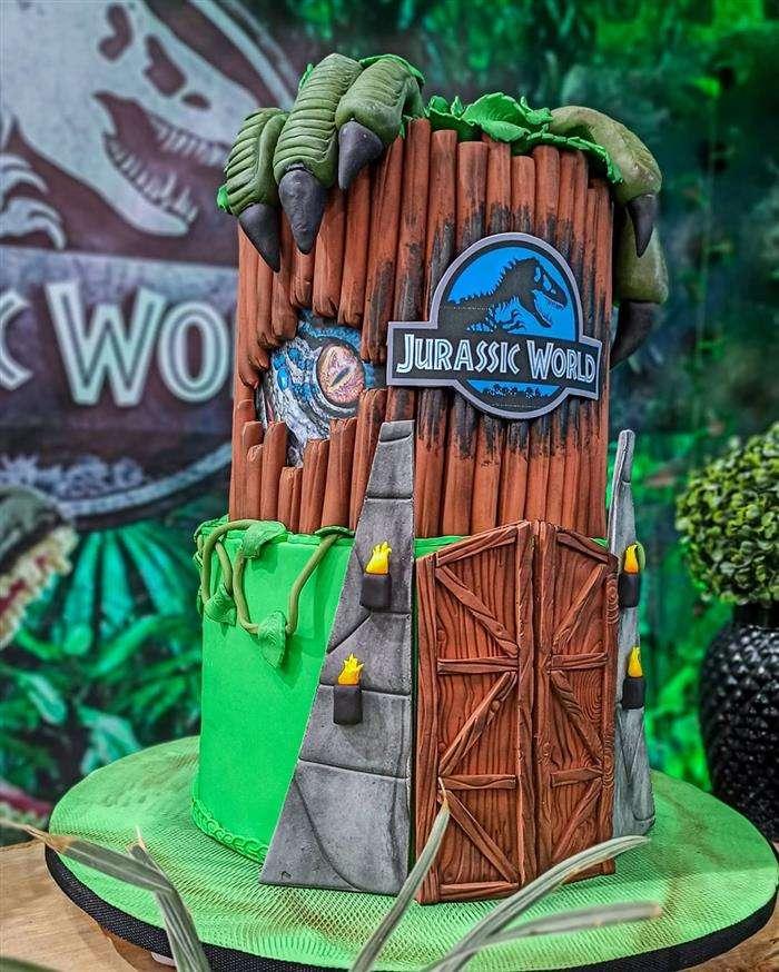 bolo temático dinossauro