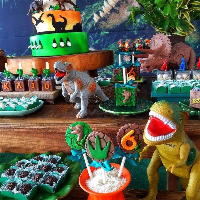 decoração de aniversário dinossauro