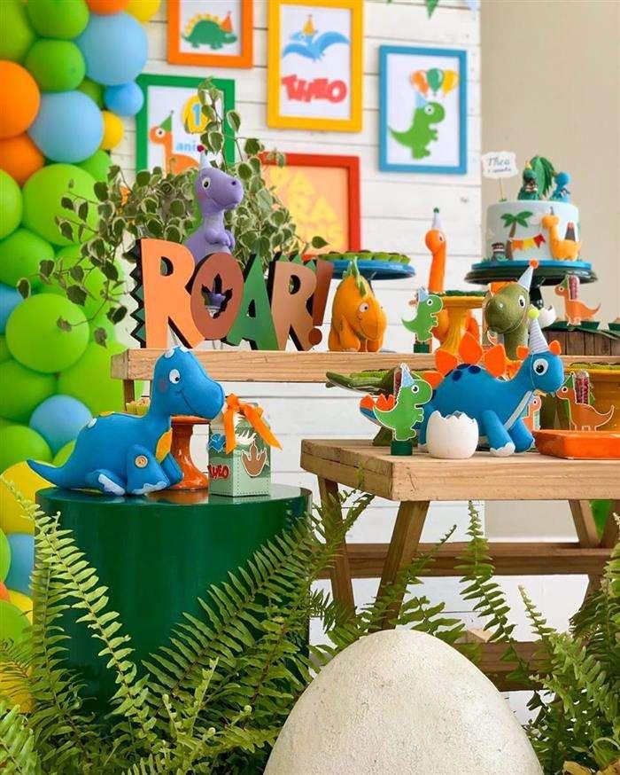 decoração dinossauro baby