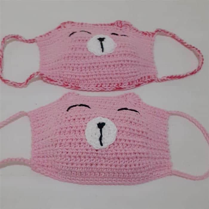 mascara de croche rosa