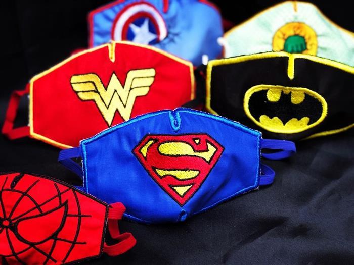 mascara de super herois