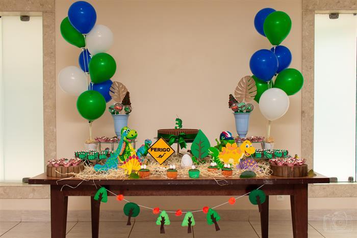 mesa simples dinossauro