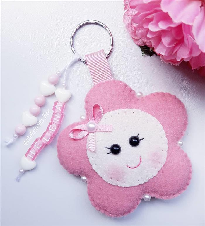chaveiro de flor rosa