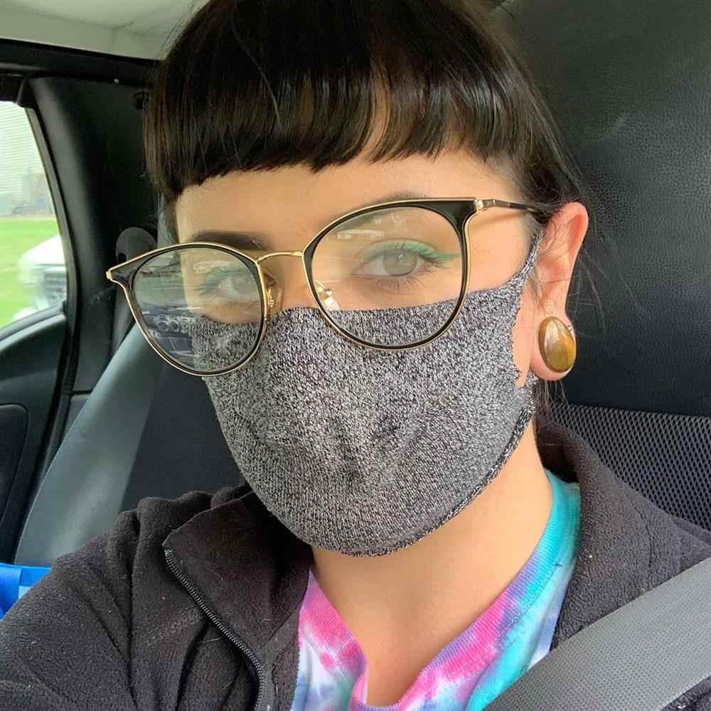 mascara feita de meia