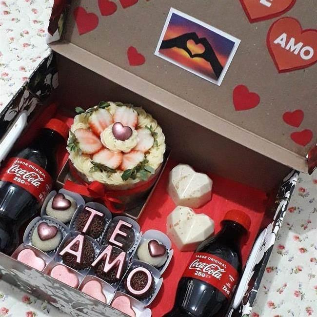festa na caixa com doces