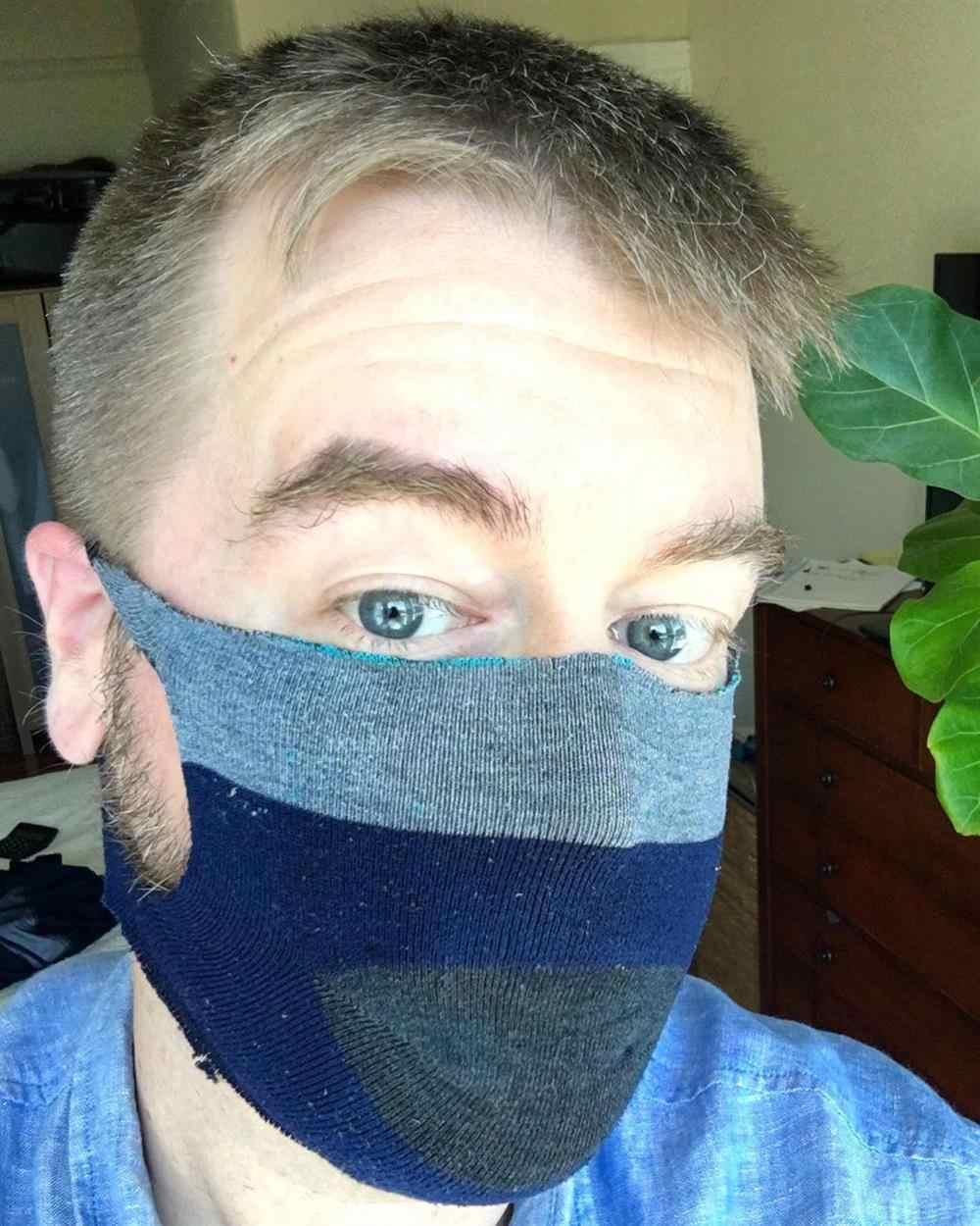 como fazer mascara com meia soquete