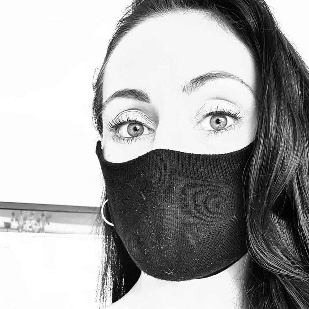 mascara com meia infantil