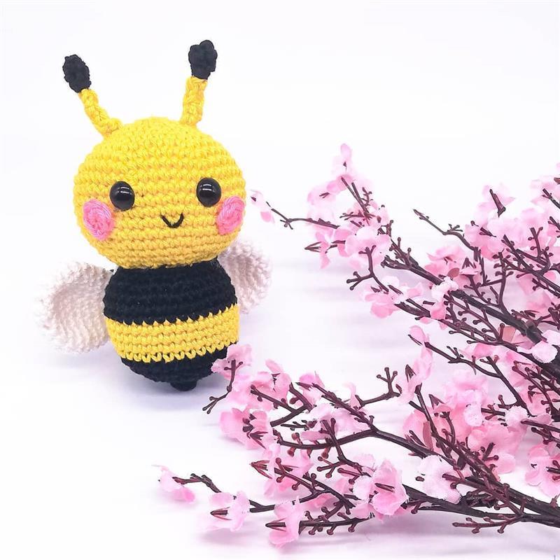 abelhinha de croche simples