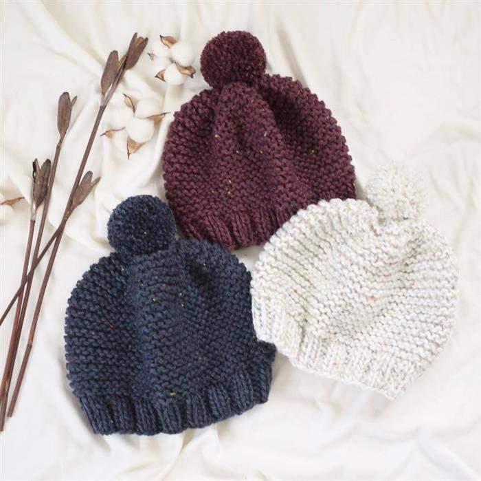 conjunto de touca feitas de trico