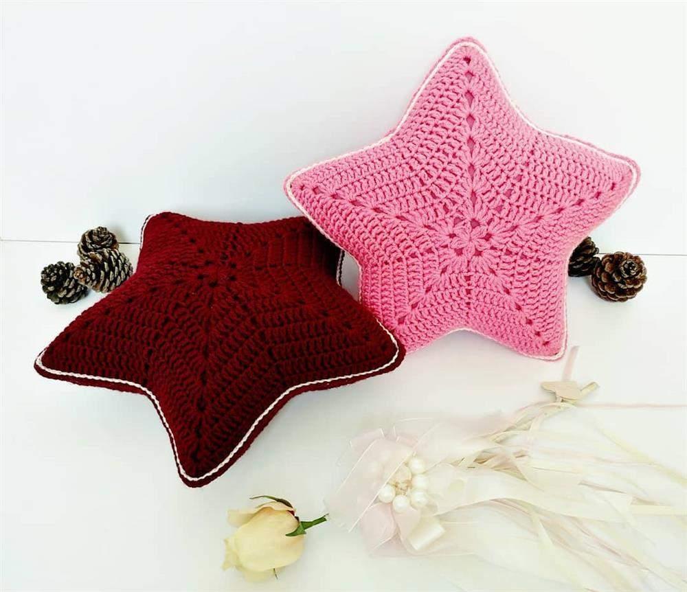 almofada em formato de estrela