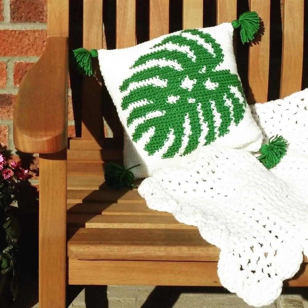 capa de almofada com folha de adao