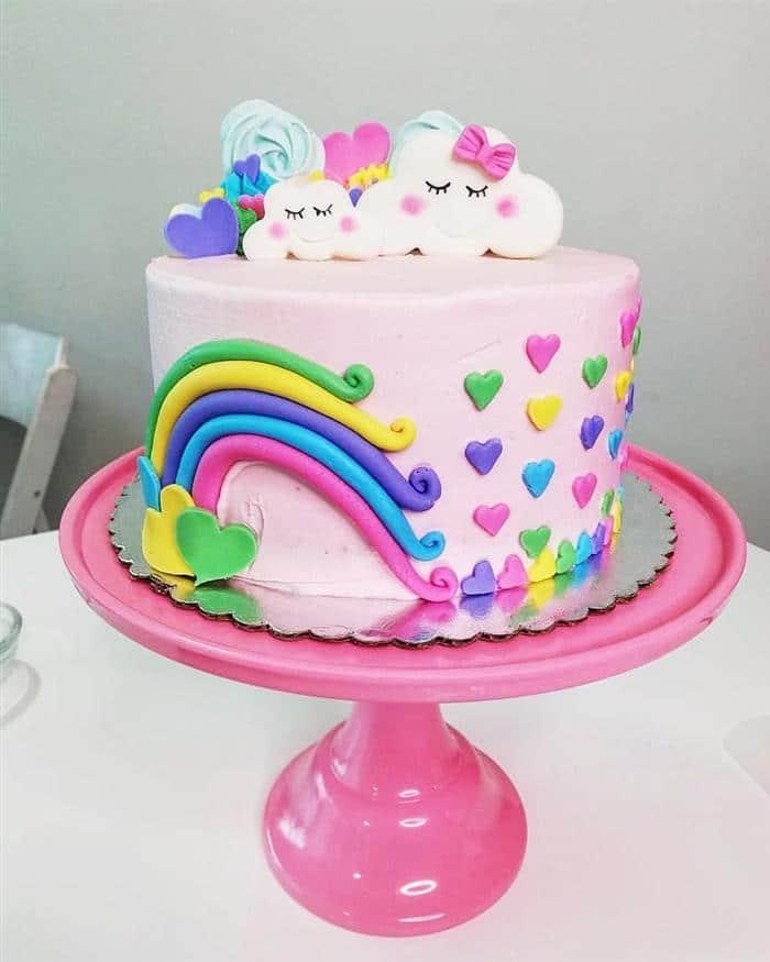 bolo alto nuvem de amor