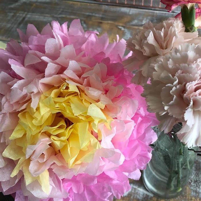 decoração com flor gigante