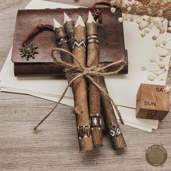 lapis de madeira rustica