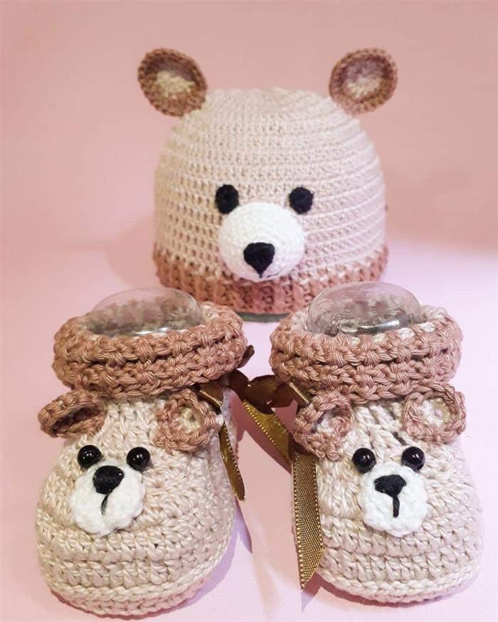 touca de ursinho com sapatinho