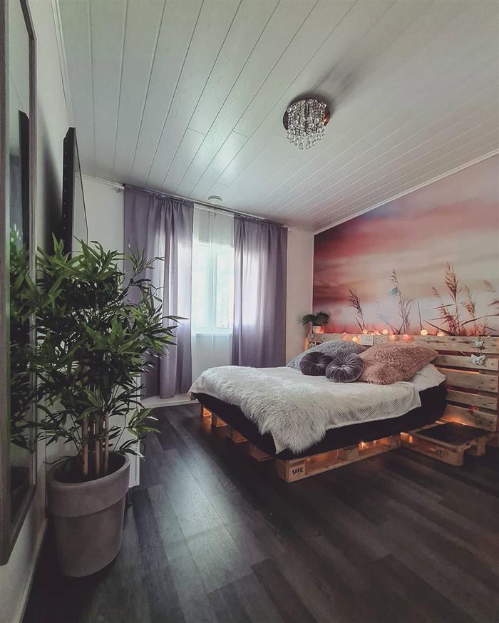 camas de paletes iluminadas