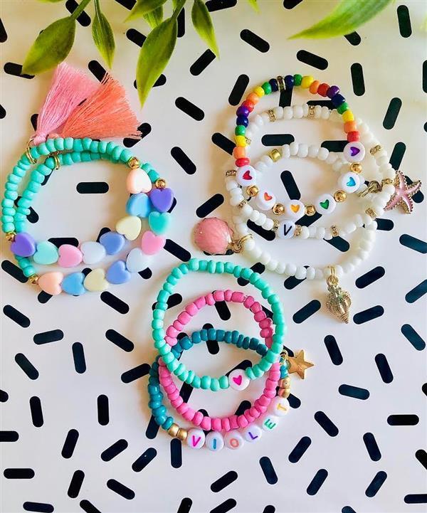 pulseiras coloridas para crianças