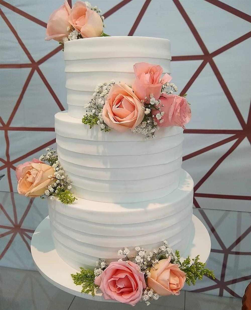 bolo fake de eva para casamento