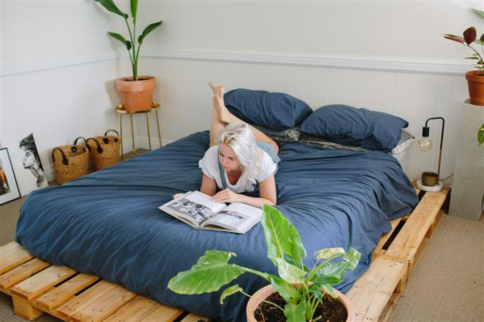 cama baixa simples