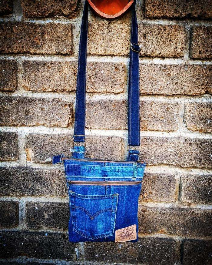 bolsa lateral jeans