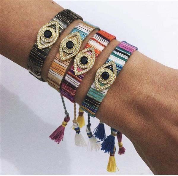 bracelete com pulseira e strass