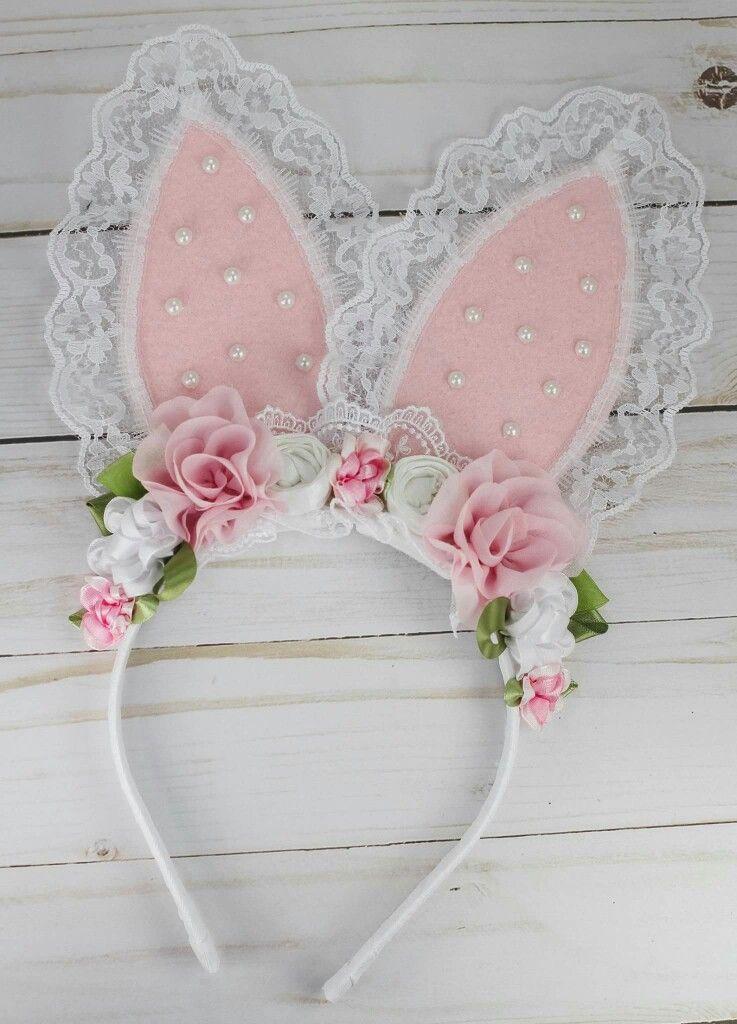 tiara de feltro com flores