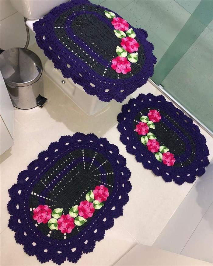 jogo de banheiro azul com rosa