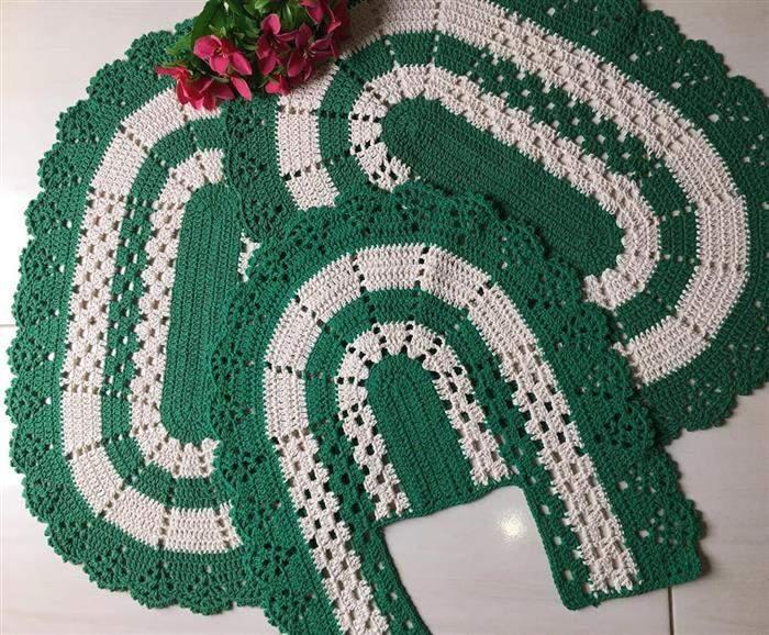 jogo de banheiro verde com branco