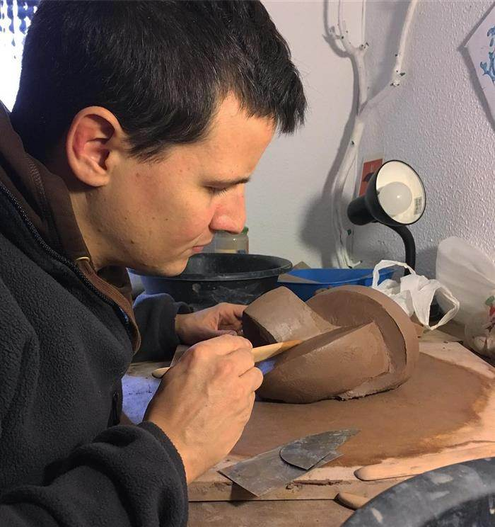 modelando a argila