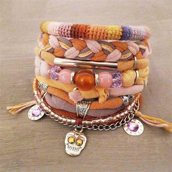 pulseira com tecido e miçanga