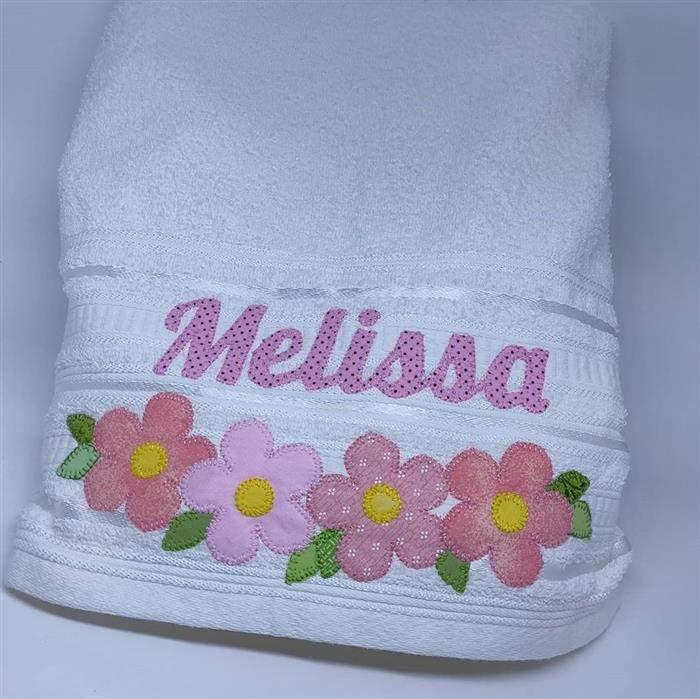 toalha de banho com aplique