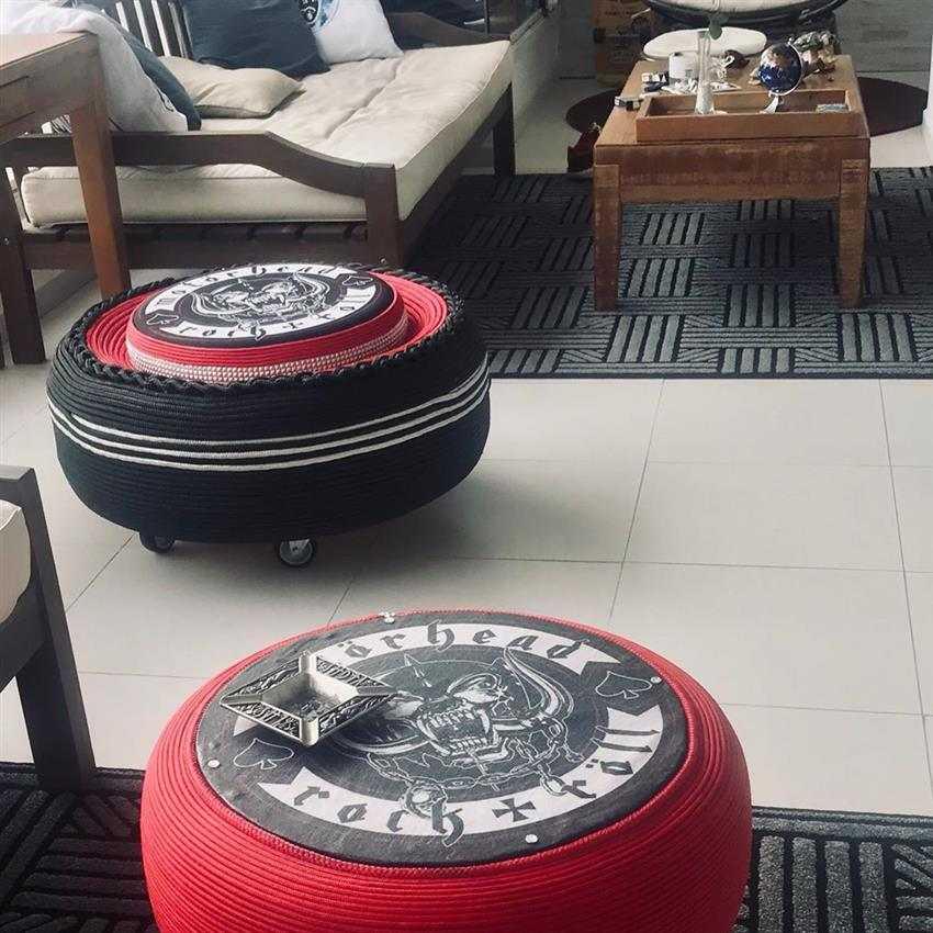 Puff de pneu com rodinhas