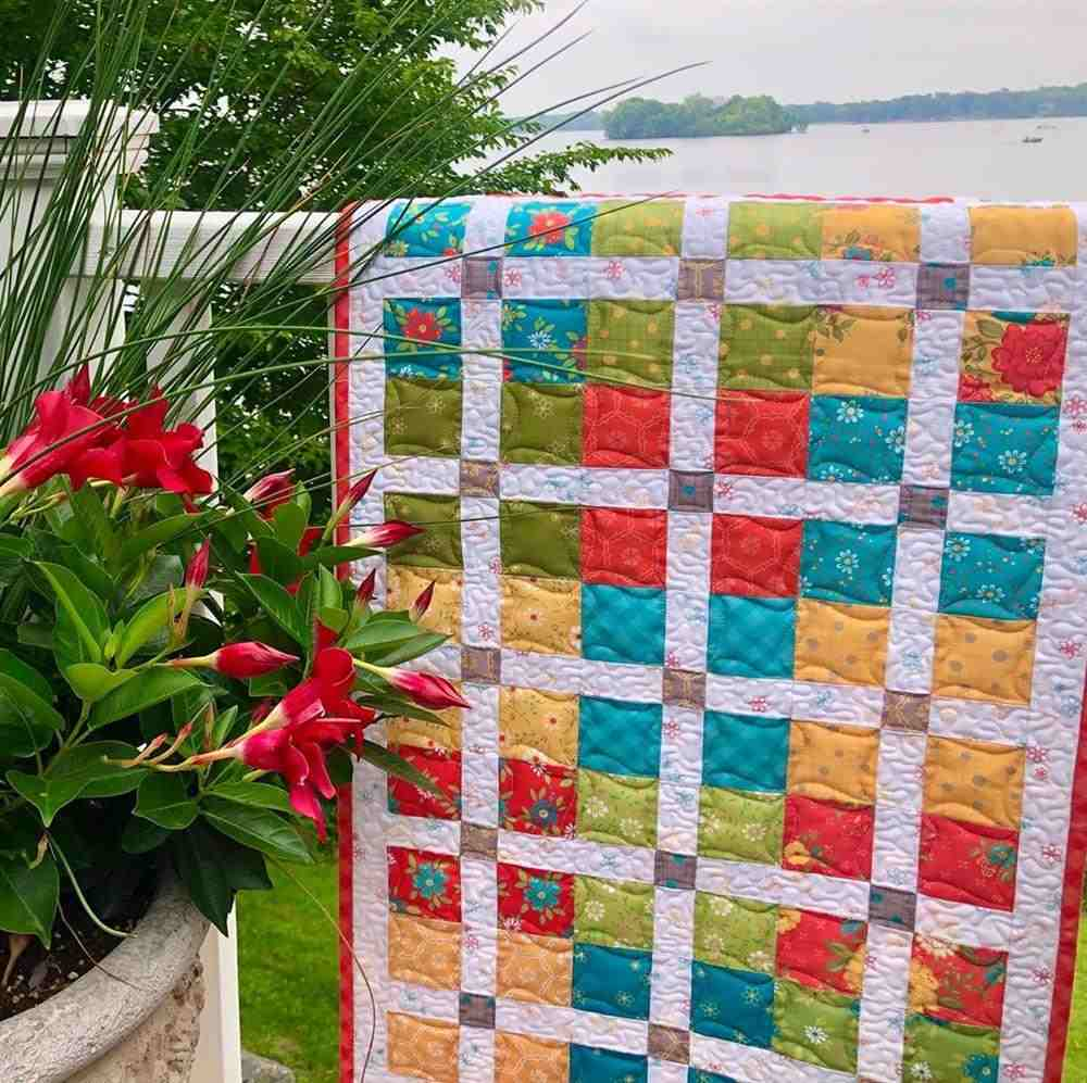 Colcha patchwork colorida