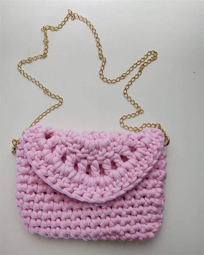 bolsa com corrente delicada