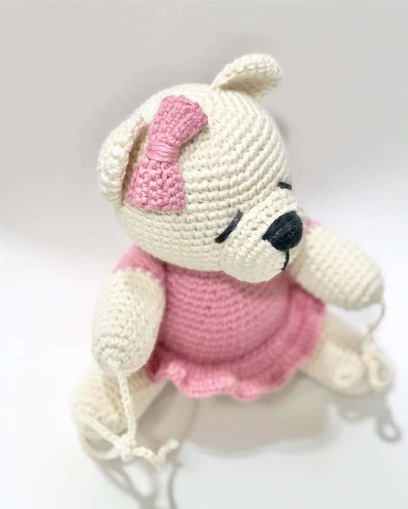 urso amigurumi branco
