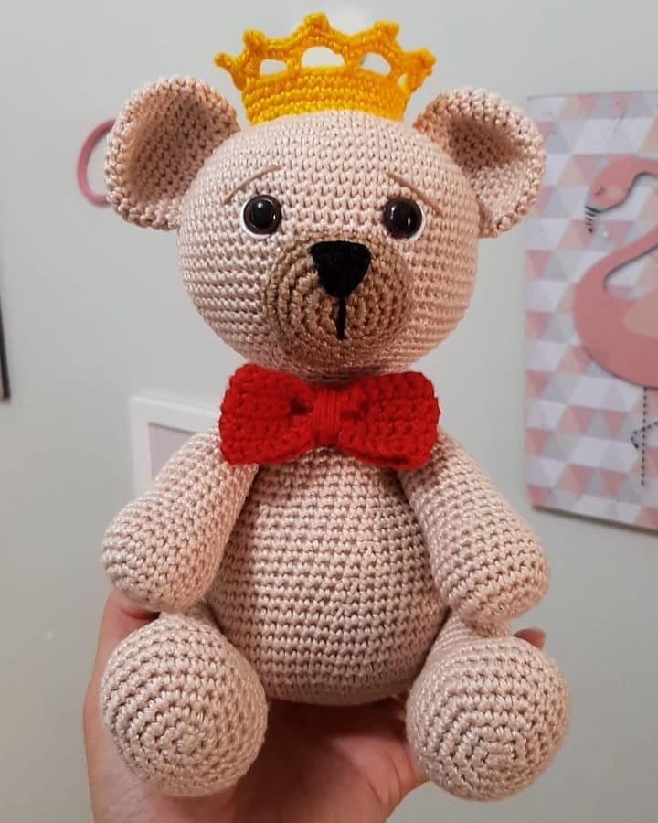 urso príncipe simples e bonito