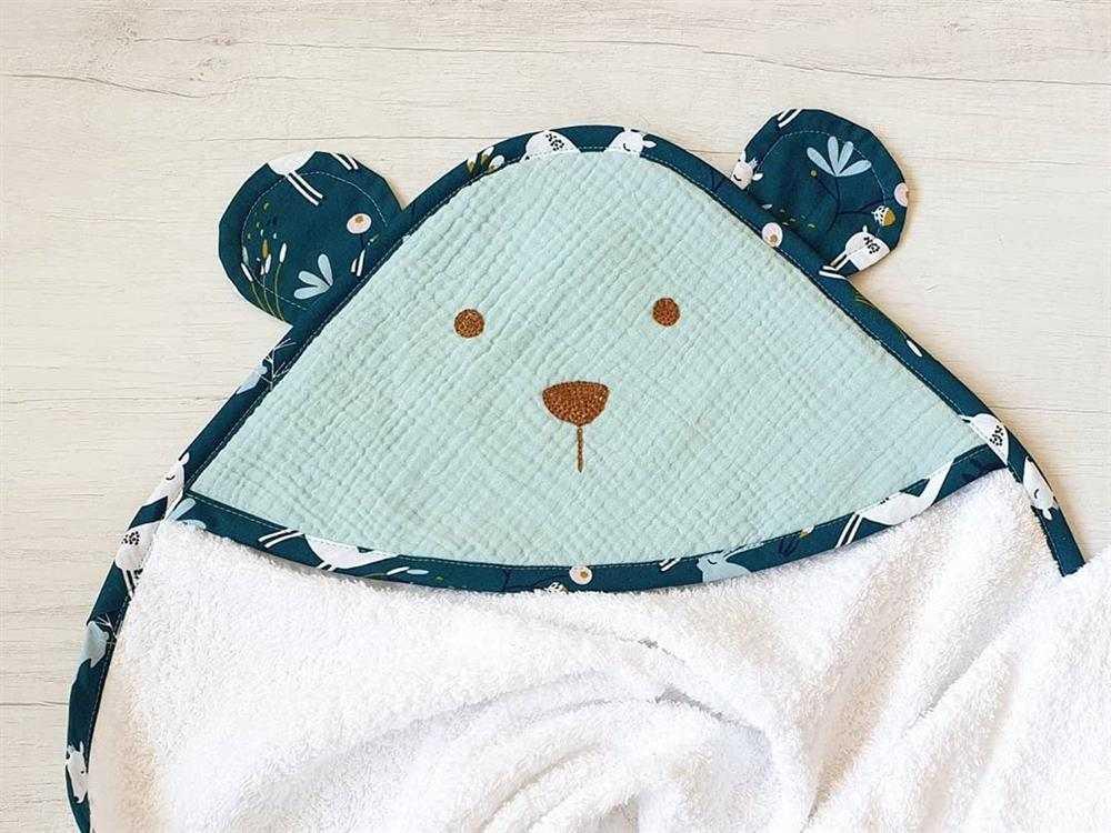 toalha de banho de bebê