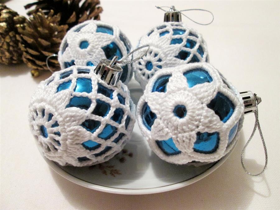 Bolas de Natal com crochê