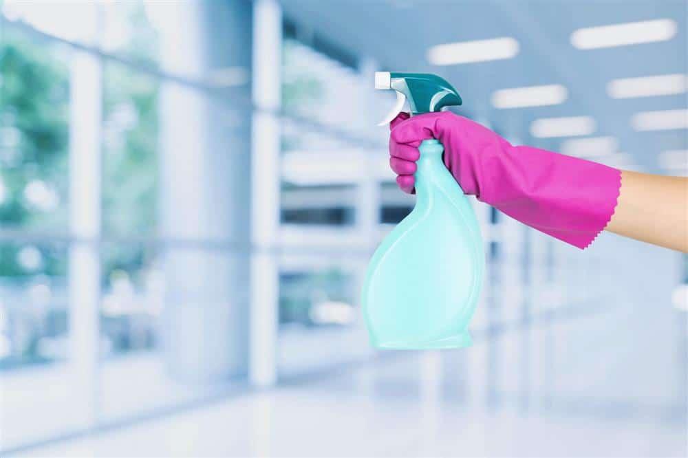 como fazer desinfetante caseiro com pedra sanitária