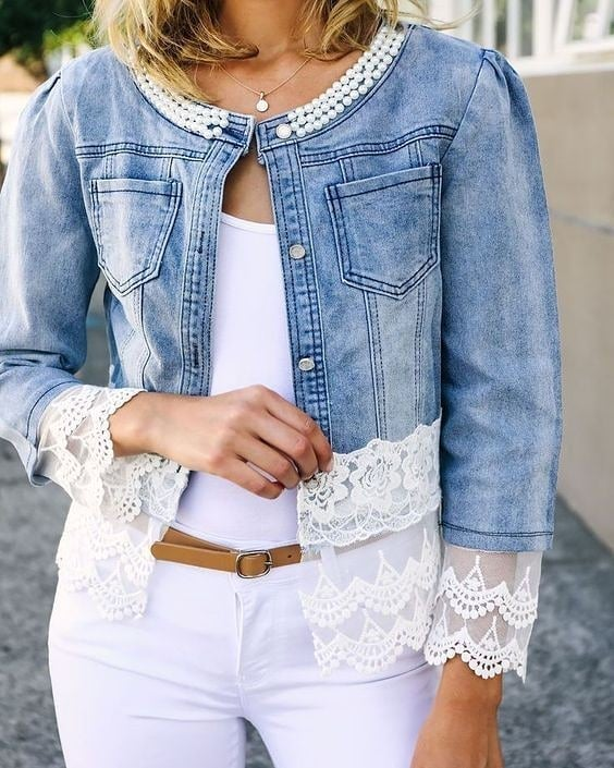 roupa jeans com renda e pérolas