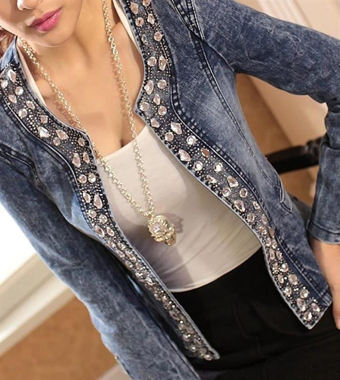 jaqueta customizada com pedras