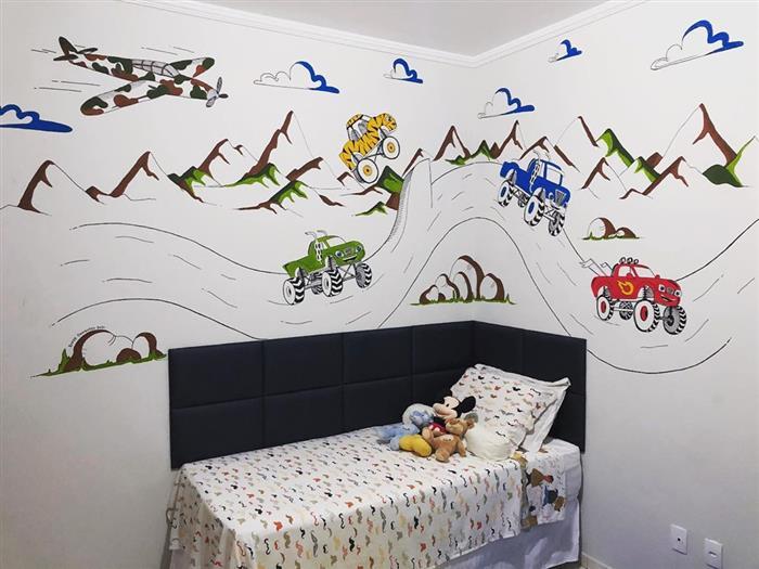 desenhos na parede do quarto
