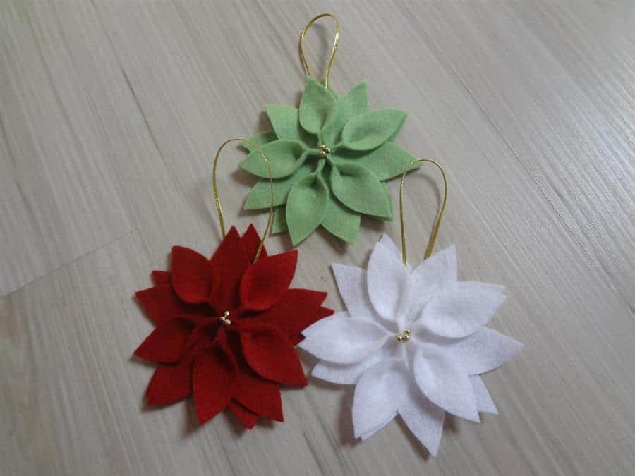 Flores para árvore de Natal