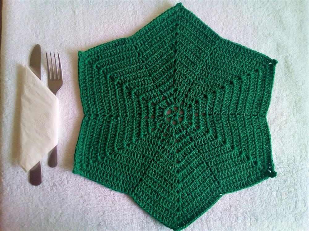 estrela na cor verde
