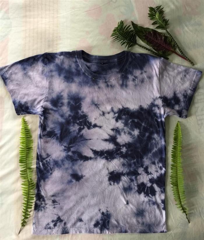 customização de roupas tie dye